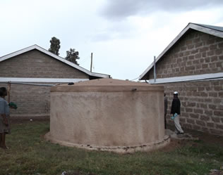 Institution rainwater storage tank at Narumoru secondary school